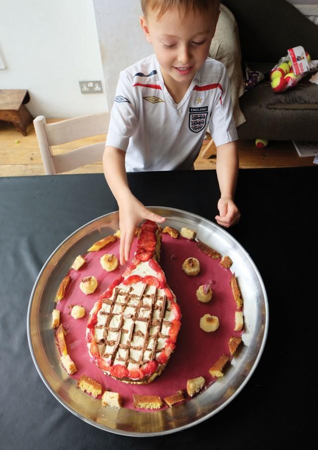 eddy-tennis-cake